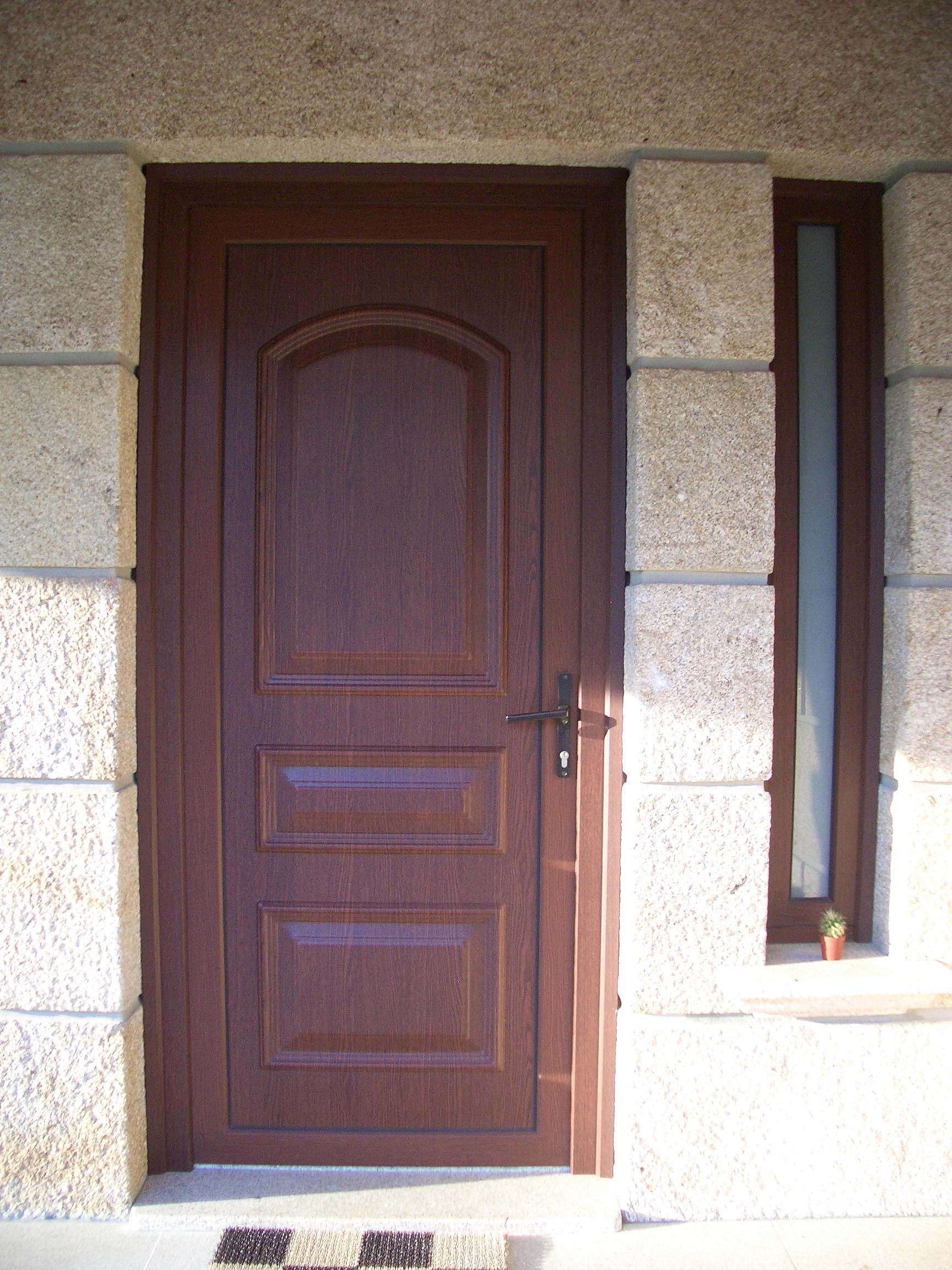 #7E5E4D CAIXILHARIA MADEIRA ALUMÍNIO Porta/Janela em alumínio Porta de  1668 Janela De Aluminio Madeira Madeira