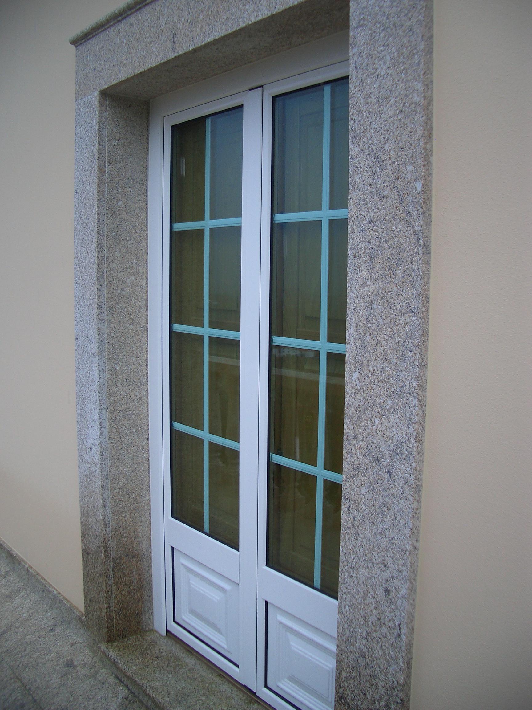 #3C5E8F Porta/janela madeira alumnio c/ portada interior Porta/janela madeira  1188 Portas E Janelas De Madeira Em Nova Friburgo